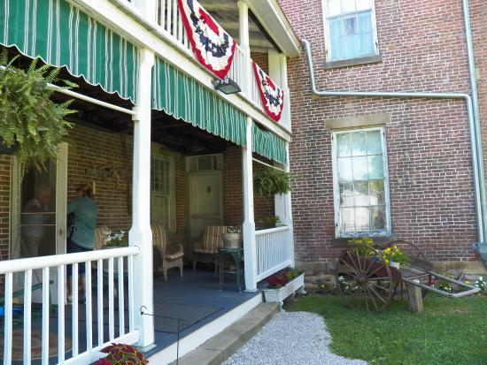 G. W. Henderson Plantation - Henderson Hall: back entrance to Henderson Hall