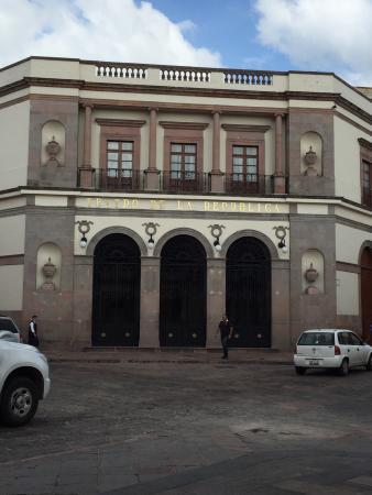 Teatro de la República: Fachada principal