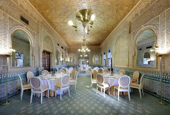 SALON ÁRABE - ARAB ROOM - Picture of Alhambra Palace Hotel ...
