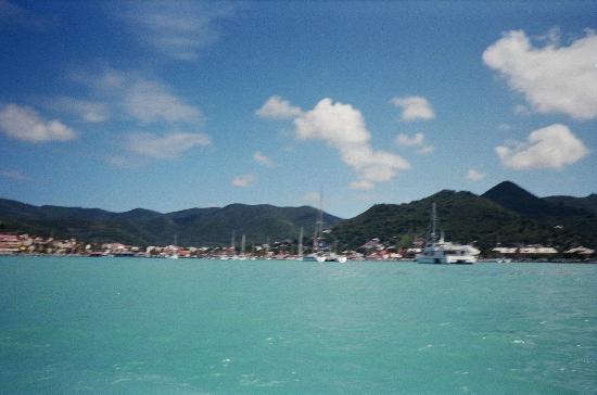 bahía de Simpson, St. Maarten: What a beautiful view on the water