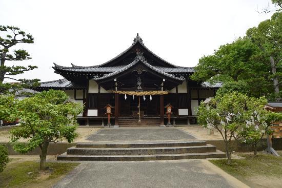 Yu Shrine: 湯神社の正面