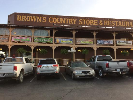 Brown's Country Store & Restaurant: Pictures from my trip to Browns.