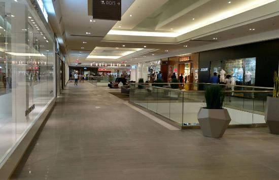 bde337b8f0 Springfield Town Center - Picture of Springfield Town Center ...