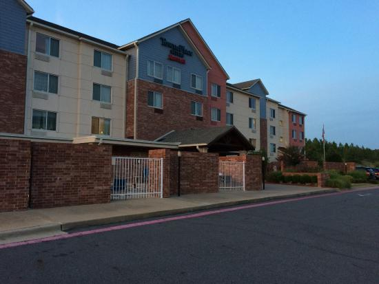 TownePlace Suites Little Rock West: Home away from home.
