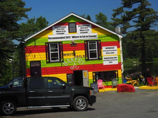 White Sails Bakery & Deli: The bakery