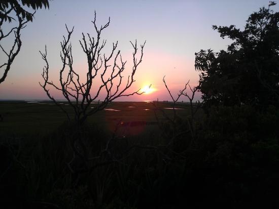 Gray's Beach: Sunset over the marsh
