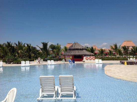 Foto de royal decameron punta sal punta sal jardines for Sal piscinas