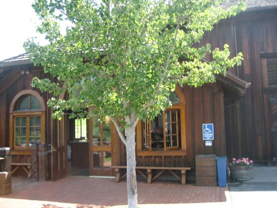 Navarro Vineyards: front door to wine tasting