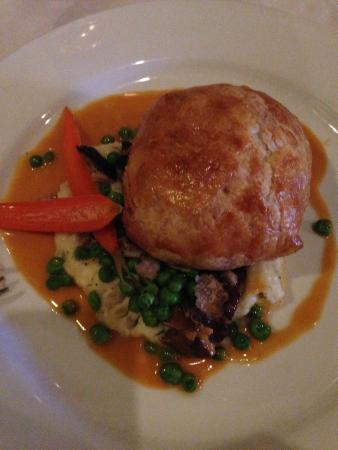 Gardens Restaurant at Callaway Gardens: French Cut Chicken