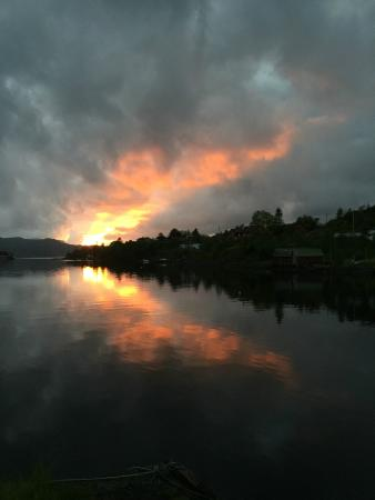 Fjordslottet Hotell: sunset over the fjord