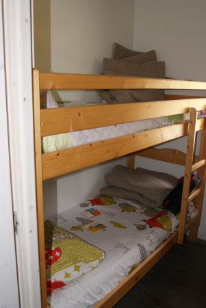 Chambre avec lits superpos s picture of les logis d - Chambre avec lit superpose ...