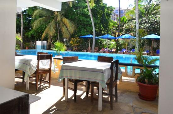 Kahama Hotel: BREAKFAST AREA
