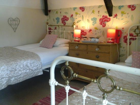 Holly Cottage B&B
