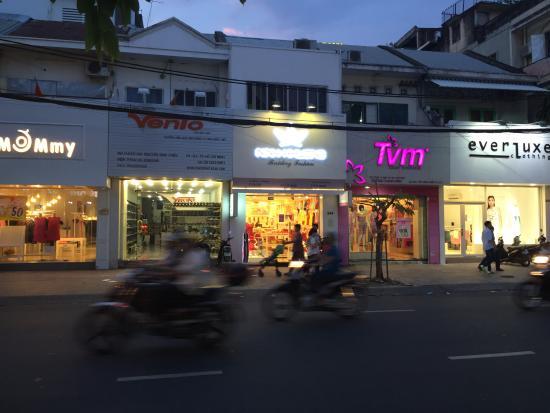LeBlanc Saigon: Strips of stores near Le Blanc Hotel