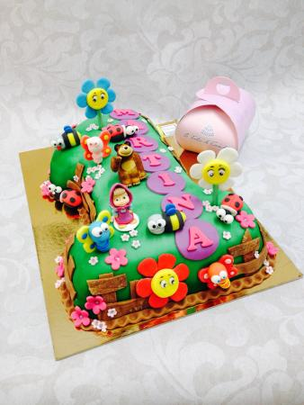 Masha E L 39 Orso Torta Torte Di Laurea Torta Con Eelsa