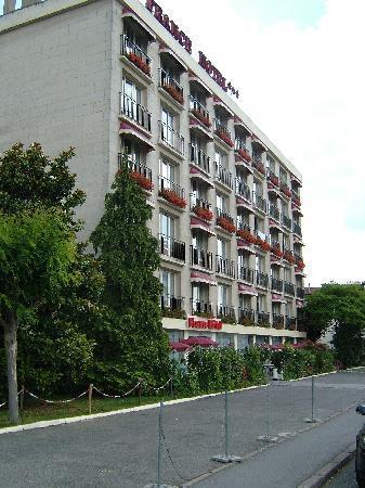 The France Hotel, Villeguif.