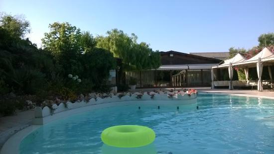 Villa Barone: Piscina