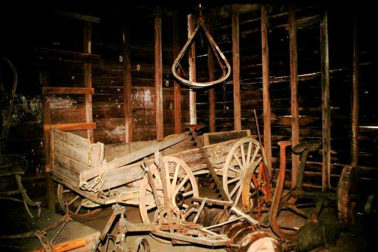 Natchez, MS: old wagon in the barn
