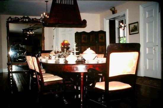 Natchez, MS: dining room