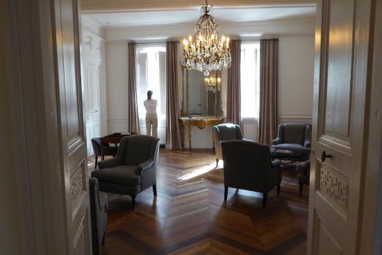 Lounge photo de h tel de la villeon tournon sur rhone tripadvisor - Hotel de la villeon ...