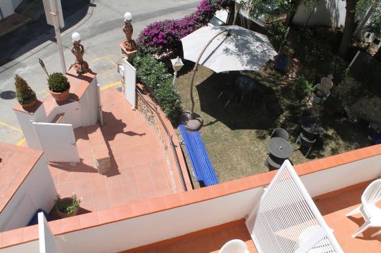 Hotel La Caleta de Tamariu: Jardín