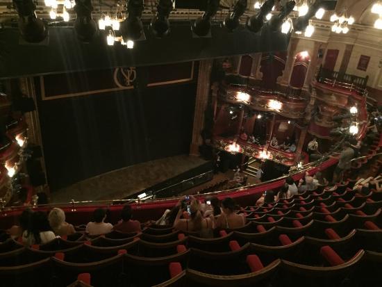 Victoria Palace Theatre Photo0 Jpg