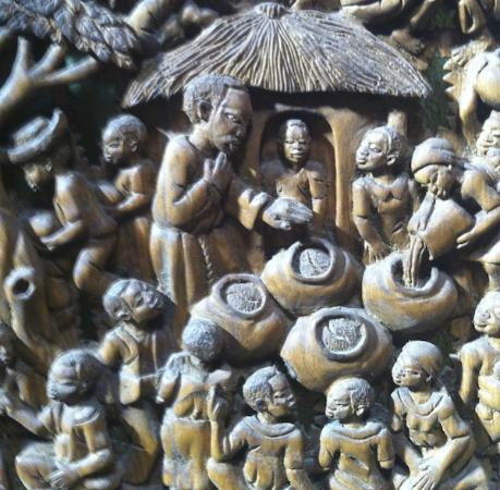 Mtakataka, Malaui: Una delle sculture che si possono trovare a Mua