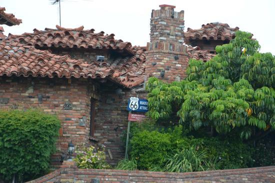 The magic lamp inn