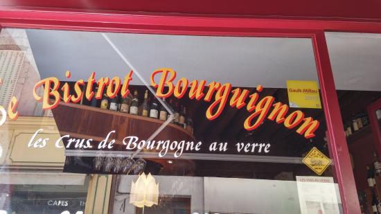 Le Bistrot Bourguignon : Front window