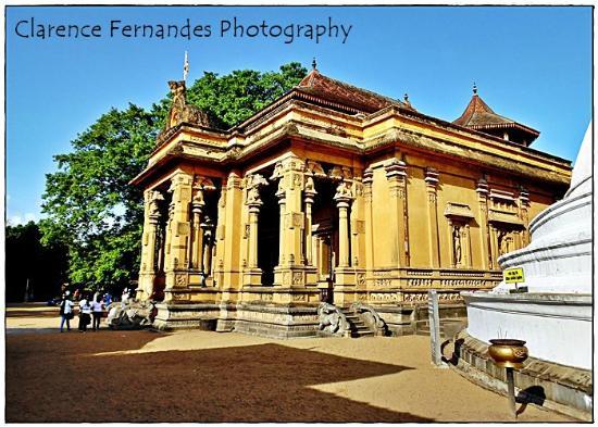 开拉尼亚寺