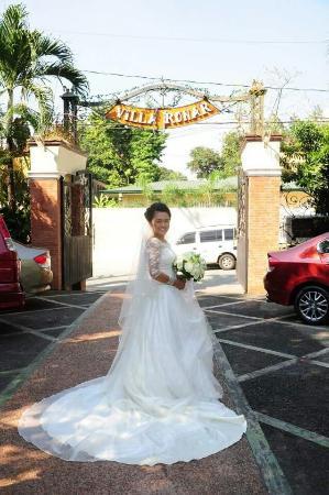 Villa Ronar Garden Resort & Hotel