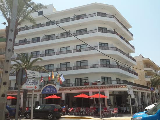 Galaxia: Front of the hotel