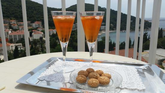 Cosmopolitan House Dubrovnik: View from the balcony