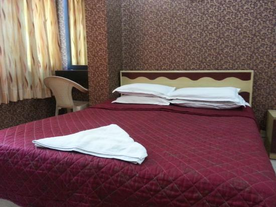 Hotel Sea Sands Juhu & Zo Rooms : Executive Room