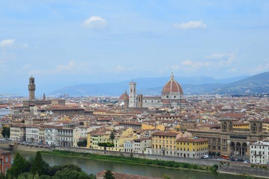 Villa Aruch: Вид Флоренции