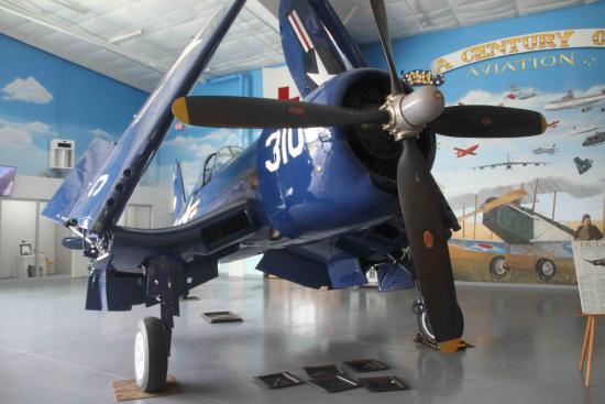 Fargo Air Museum: F4U Corsair