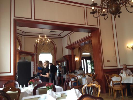 Vista do restaurante e caf picture of palace hotel for Restaurant vista palace
