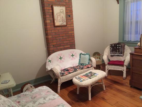 Amanda, OH: Our Sitting Room