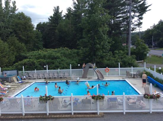 ‪‪Lyn Aire Motel‬: Loved the pool.‬