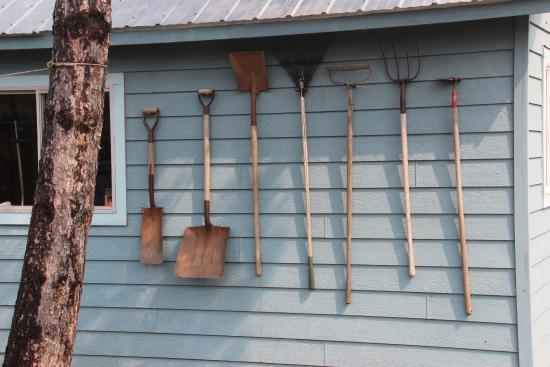 Bob's Cabins on Lake Superior's North Shore : Every tool in its place