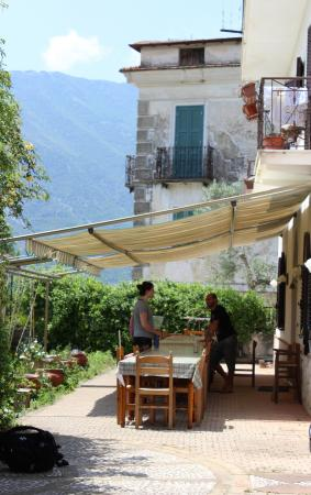Italy Farm Stay: Where we ate our meals
