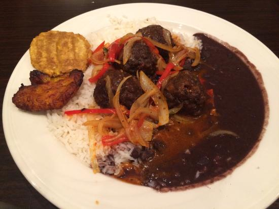 Dhat Island: Caribbean-Creole deliciousness!