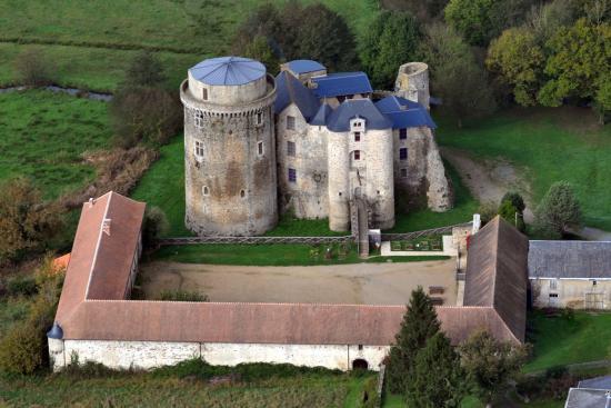 Chateau Saint Mesmin