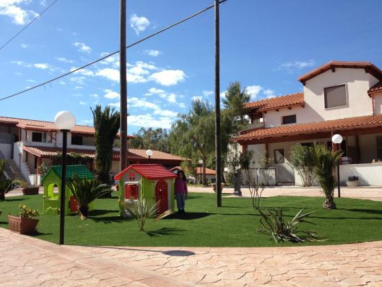 Camping Riviera Village: vista del villaggio
