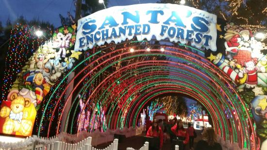 ‪Santa's Enchanted Forest‬
