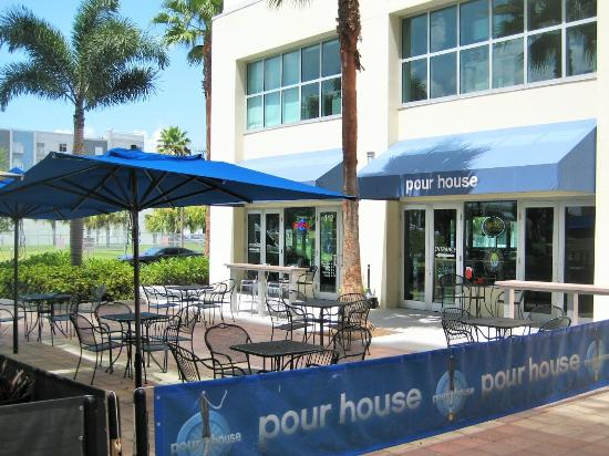 Pour House Tampa