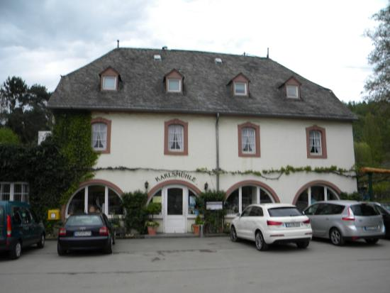 Hotel Weingut Karlsmühle: View of the hotel