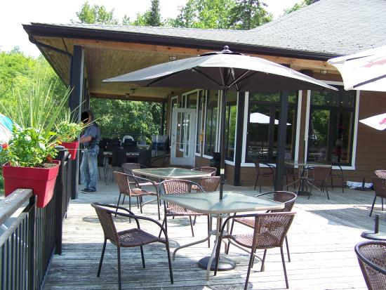 Resto Du Golf Superbe Terrasse Couverte Club De Golf Orlans