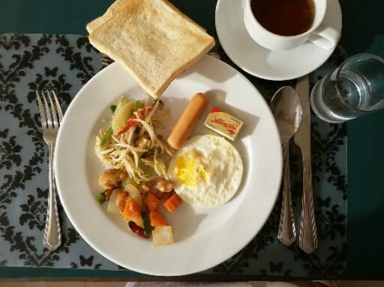 Mayflower Grande Hotel : Thai Breakfast!