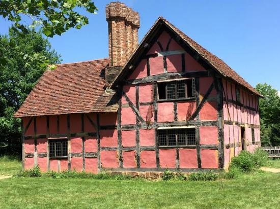 Staunton, VA: 1600s English Farm